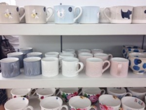Grey, white and pink texture mugs.